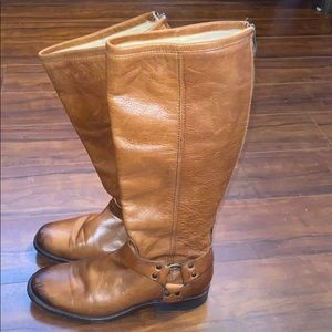 Leather Frye boots 7.5 gently used!